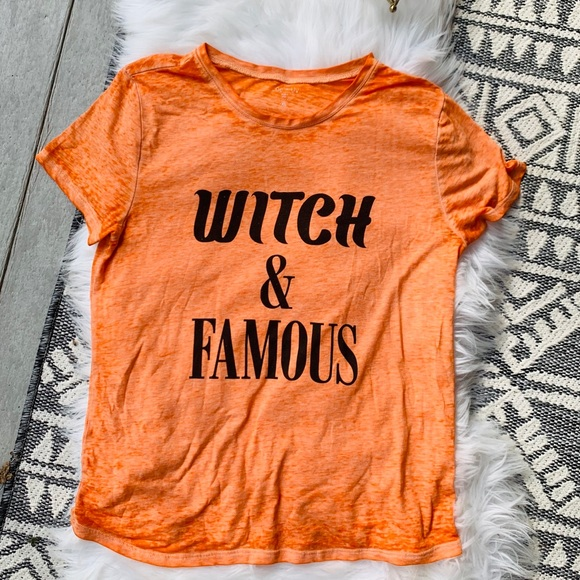 "Halloween ""Witch and Famous"" tissue burnout T xl"